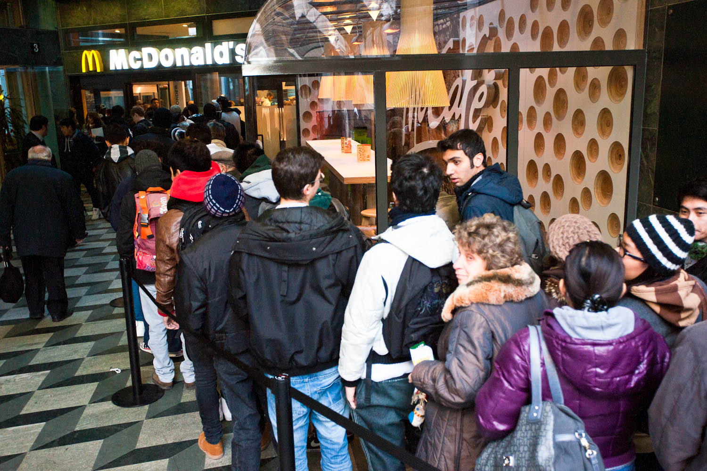 Queue at the New Restaurant McDonalds ''Galleria 2'' in Milan
