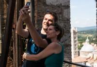 15 - Loving Selfie